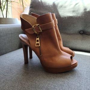 Badura leather heels